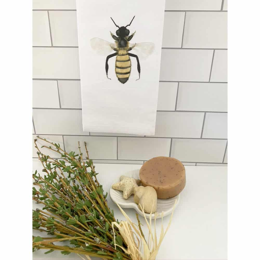 bee guest towel for web