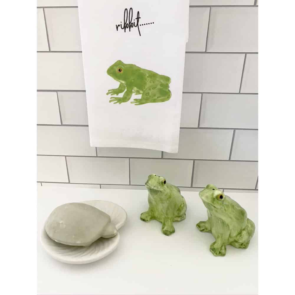 frog guest towel for web