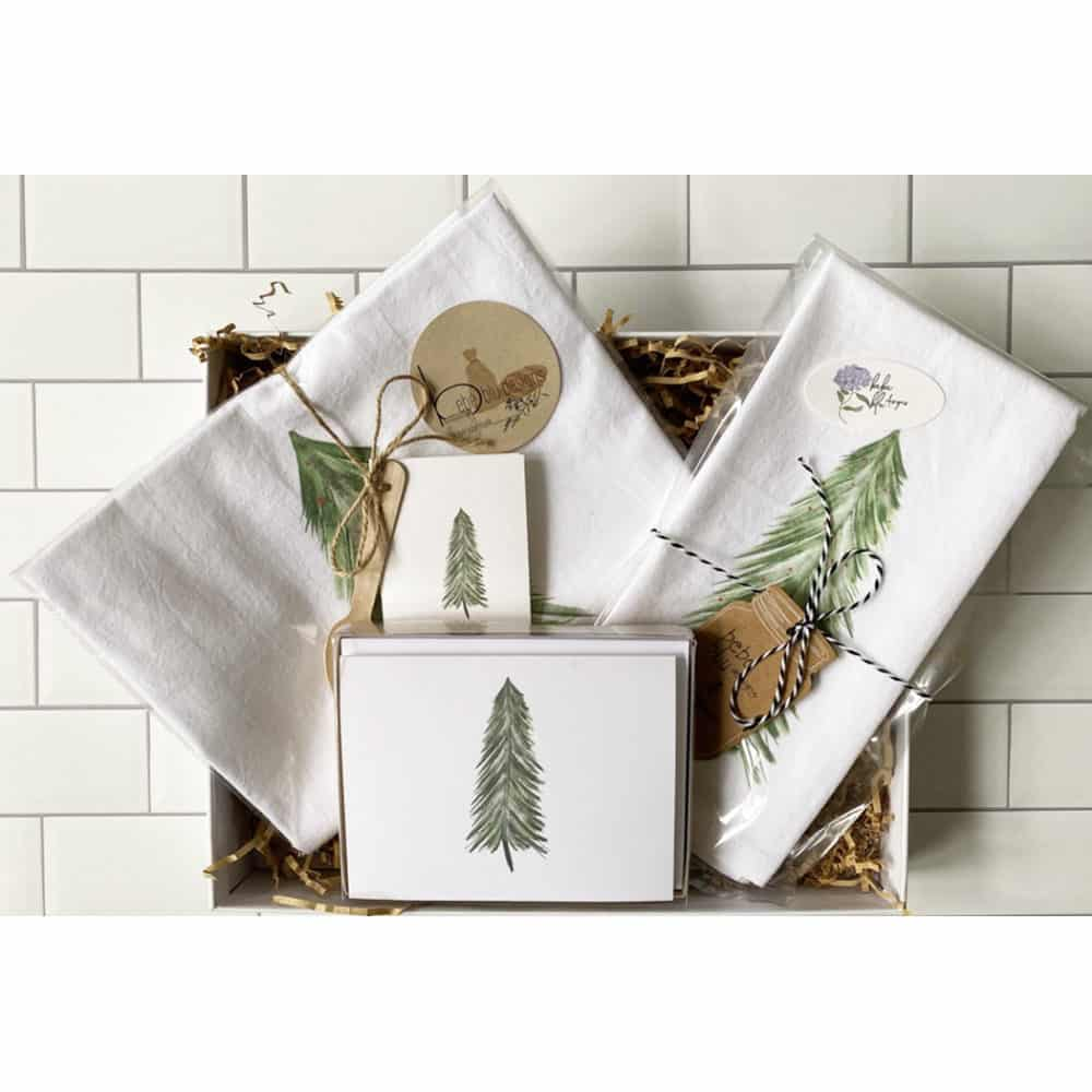 pine tree with snow gift box set