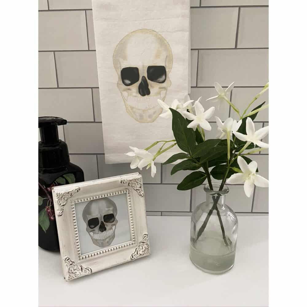 skull guest towel for web